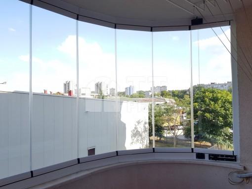 Обла хармоника от закалено стъкло блок Аристон Русе
