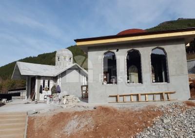 Храм и молитвен дом гр. Девин